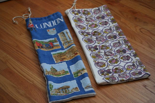 Transform an old tea towel into a bread bag - perfect for storing homemade bread.