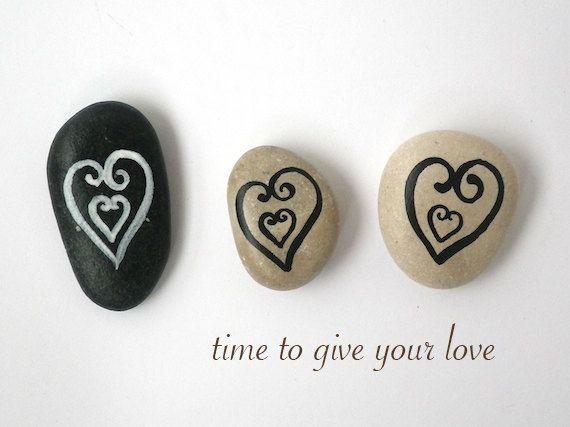 beach pebbles, sea stones, painted, magnets