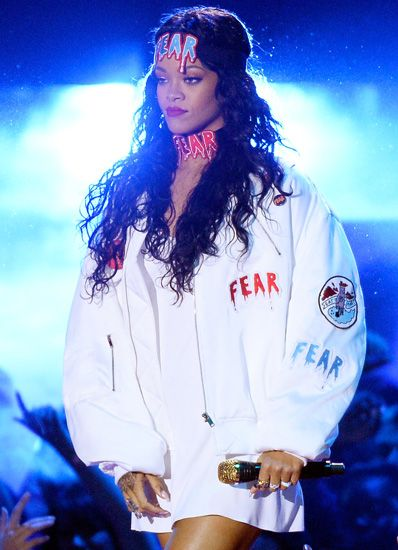 Because RihRih can rock this.
