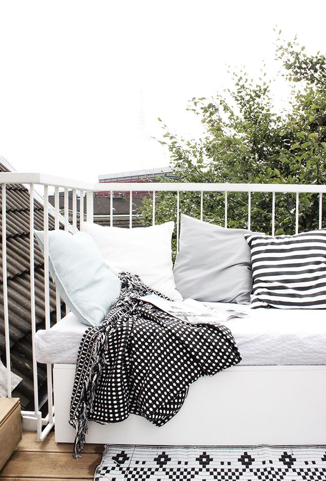 Best 25 white deck ideas on pinterest deck colors gray for Plural of balcony