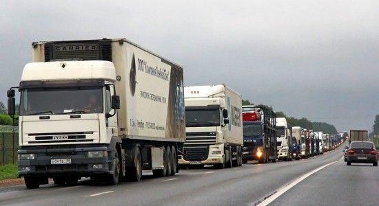 Restricţii de circulaţie pentru camioane în Ungaria