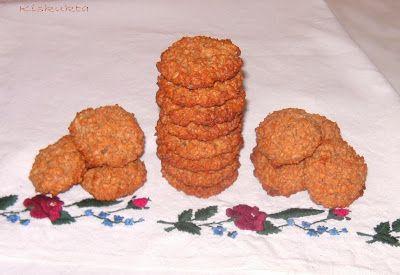Kiskukta konyhája: Zabpelyhes-almás keksz