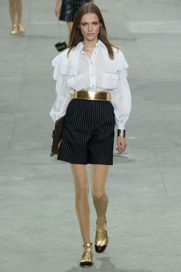 chanel fashion 2015 | Chanel Spring 2015 Ready-to-Wear – Collection – Gallery – Look 1 ...