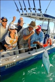 Darwin fishing charters Dundee Beach. Barramundi and reef fishing trips from 1-5 days. The best Northern Territory fishing charter in Australia.