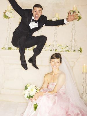 A little Wedding Dress and Wedding Photo Inspiration presented by Justin Timberlake and Jessica Biel