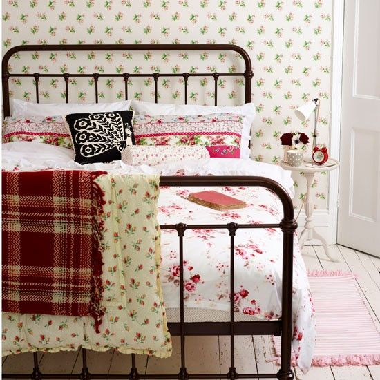 Best 25+ Painted Bed Frames Ideas On Pinterest