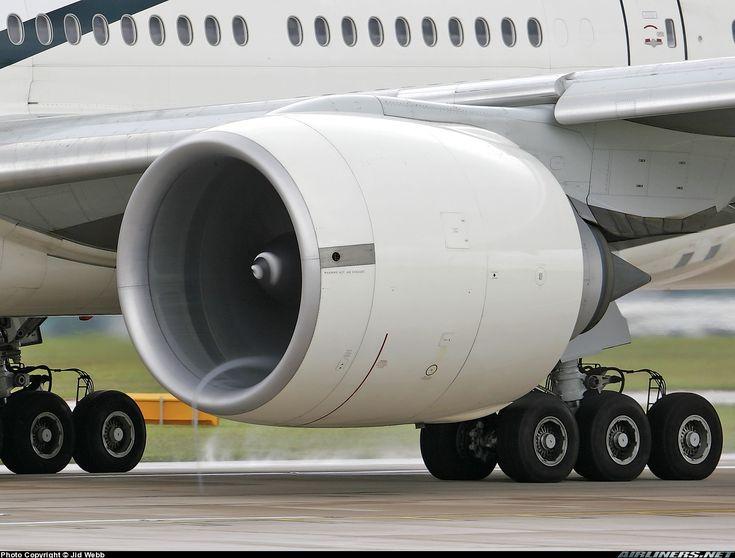 Pakistan International Airlines - PIA Boeing 777-240/ER