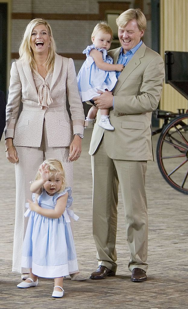 Browse Crown Princess Masako And Crown Prince Naruhito With Princess Aiko On Vacat latest photos. View images and find out more about Crown Princess Masako And Crown Prince Naruhito With Princess Aiko On Vacat at Getty Images.