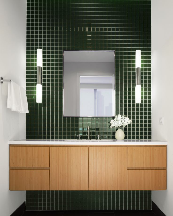 Best Images About Baños On Pinterest Blue Tiles Jungles And Tile - Dark green bath towels for small bathroom ideas