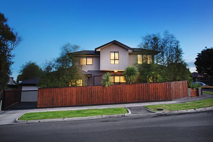 1/18 Black Street RESERVOIR $440,000 - $480,000 @ domain.com.au