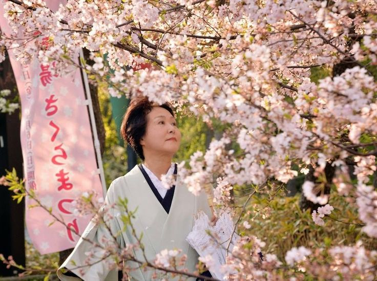 Storici&Salottiere: Nel cuore della cultura giapponese: l'esplosione d...