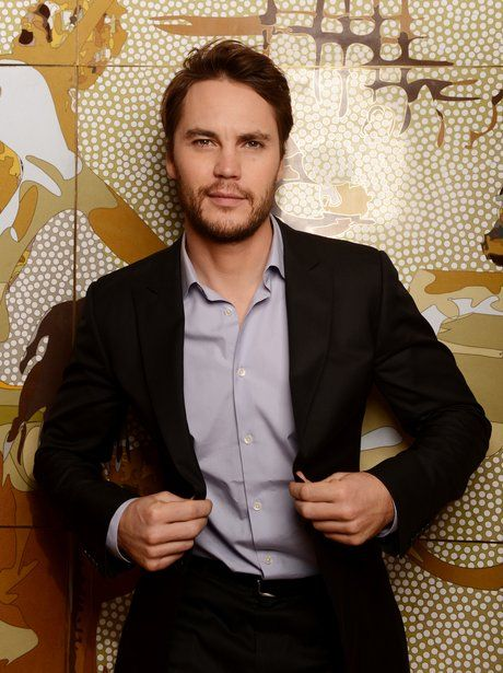 3 - Taylor Kitsch's face was made for a beard!