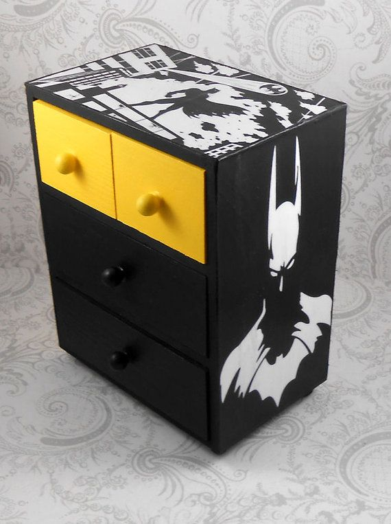 Hey, I found this really awesome Etsy listing at https://www.etsy.com/listing/183450364/custom-batman-yellow-and-black-stash