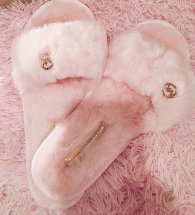 Fuzzy pink MK slippers