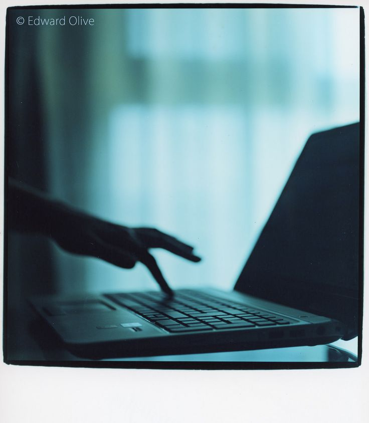 https://flic.kr/p/tY3GmS | Laptop pc computer on glass coffee table © Edward Olive photography in Madrid Spain | img169-edward-olive-analogue-art-6x6-photorgapher1600copyright2  Laptop pc computer on glass coffee table © Edward Olive photography in Madrid Spain.  © This photo is Copyright Edward Olive. All rights are reserved. Do not steal this image. Esta fotos es copyright. Todos los derechos reservados. Do not use this picture without permission. Permission for use may be available upon…