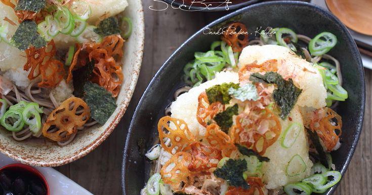 蓮根チップがサクサク♪たっぷりの大根おろしと揚げ餅を絡めて食べるお蕎麦です♡  麺つゆ使えばできあがりも早いです!
