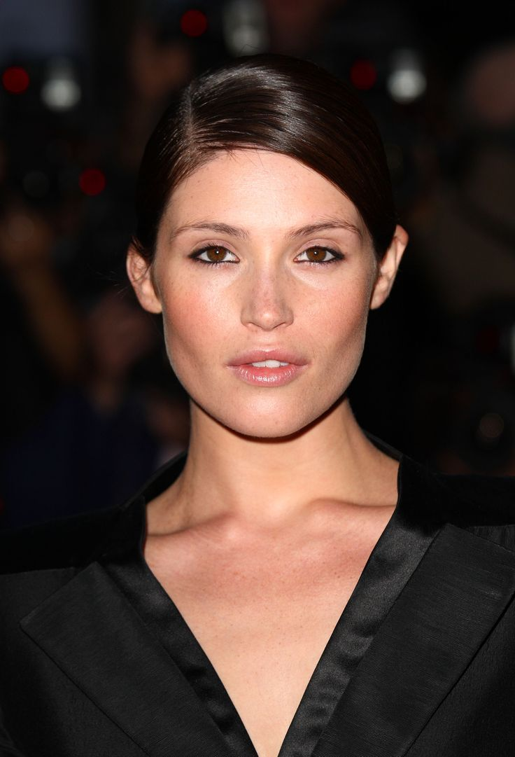 Hollywood Actress Gemma Arterton ...Hmmm!! Yummy...
