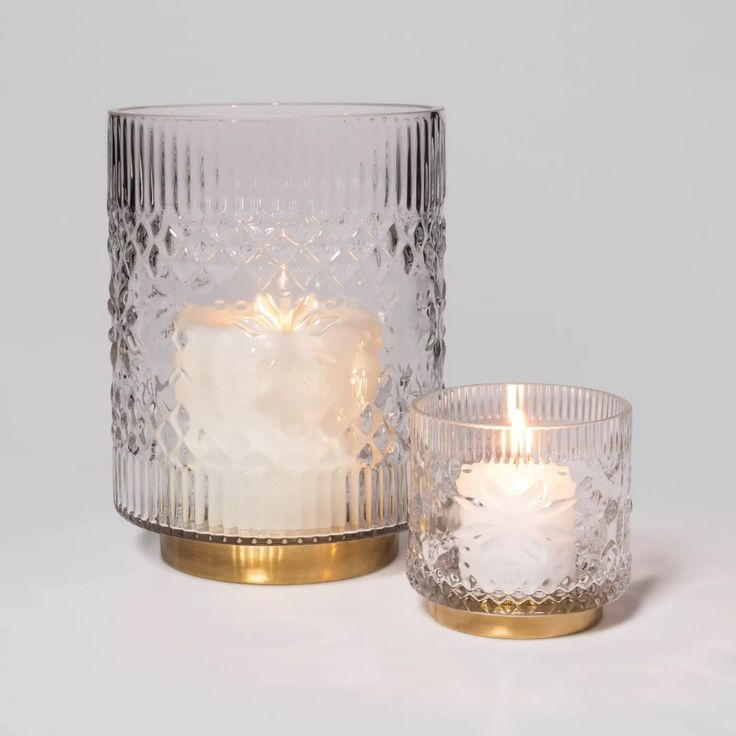 Cozy White Decor Inspiring Winter Neutrals To Get The Look Hello Lovely Glass Hurricane Candle Holder Candle Holders Hurricane Candle Holders