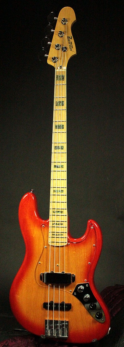 Atelier 4 string bass