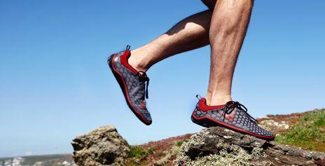#Vivobarefoot es una marca que te ofrece un calzado cómodo y minimalista, que te da la sensación de caminar descalzo. Posee variado modelos para diferentes elementos, terrenos y actividades.