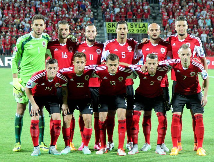 Verso Euro 2016: Albania, il miracolo di De Biasi - http://www.maidirecalcio.com/2016/05/22/euro-2016-albania-de-biasi.html