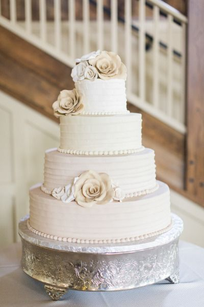 Traditional cake: http://www.stylemepretty.com/massachusetts-weddings/groton-massachusetts/2015/07/27/rustic-summer-wedding-at-the-barn-at-gibbet-hill/ | Photography: Deborah Zoe - http://www.deborahzoephoto.com/