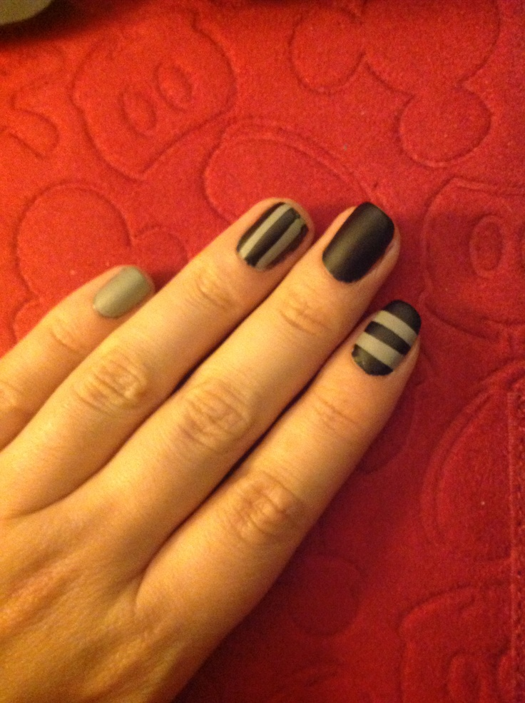 25+ unique Ring finger nails ideas on Pinterest | Ring ...