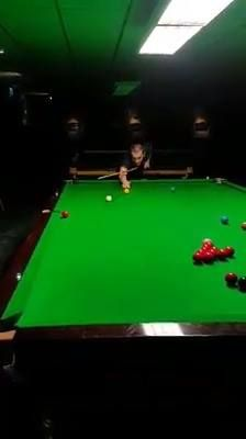 This lad has only gone and recreated Shaun Murphy's ridiculous trickshot from the World Championships