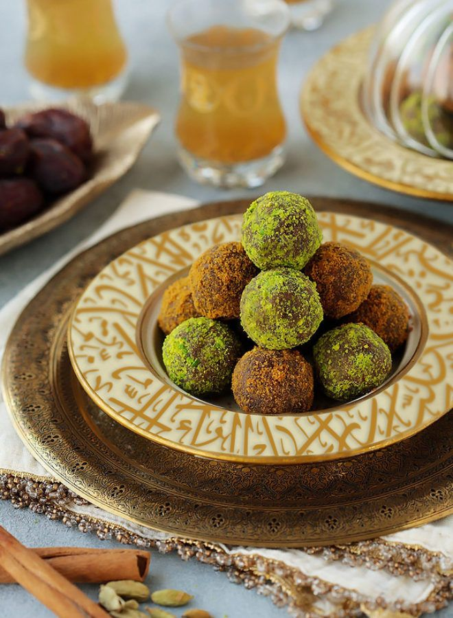 Date Biscuit Balls 2 Ways Cleobuttera Recipe Date Biscuits Arabic Dessert Food