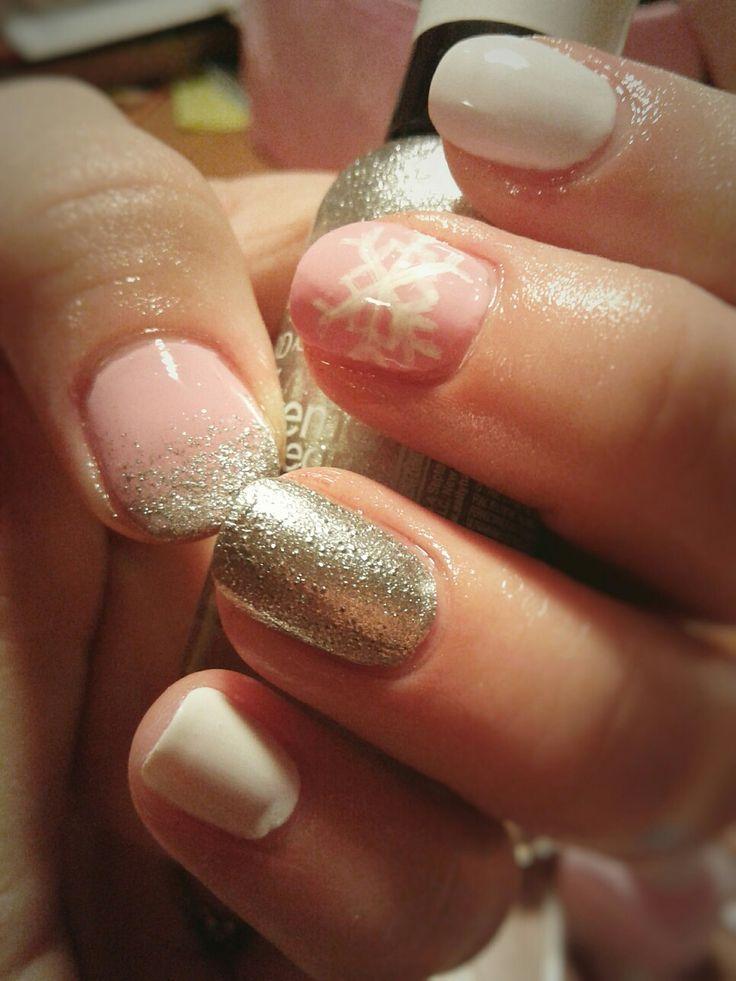 Nail. Art. Nail art. Winter. Snowflake. Pink. Silver.