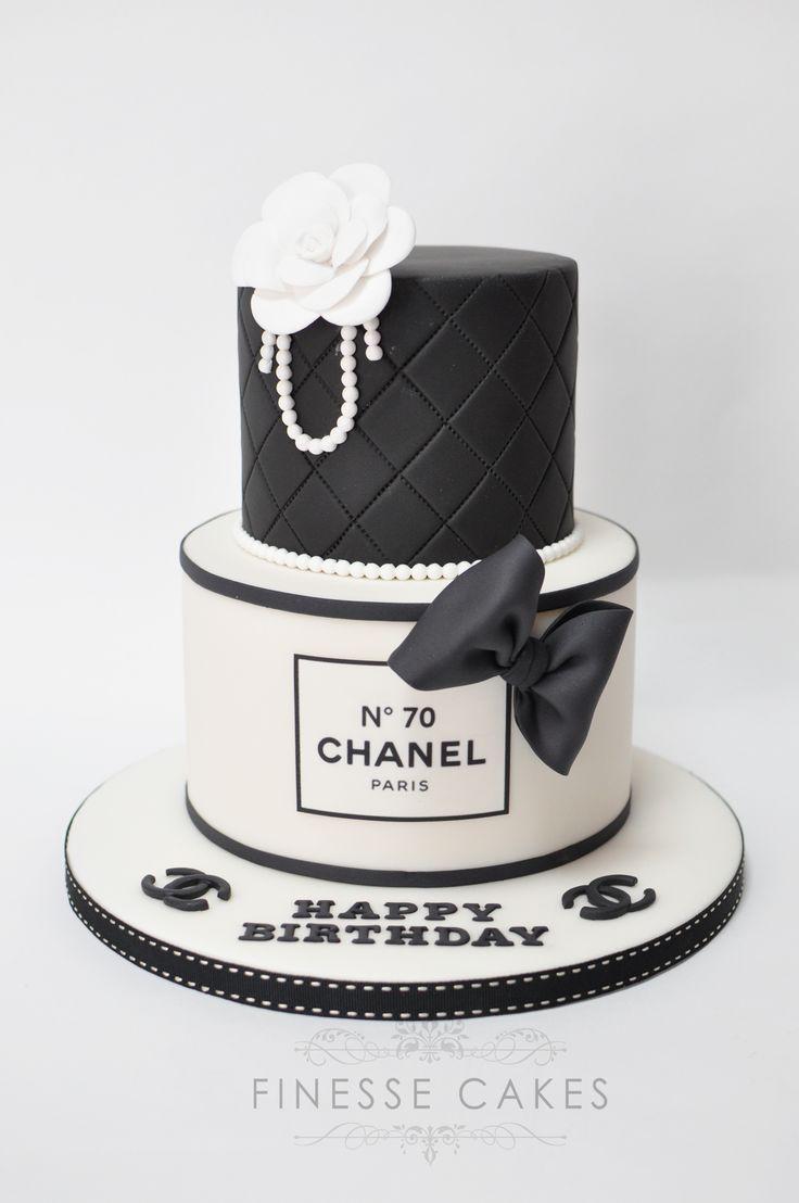 Chanel – Tippen Sie jetzt auf den Link, um unsere große Auswahl an Zubehör, …   – Cake Decorating Simple Ideen