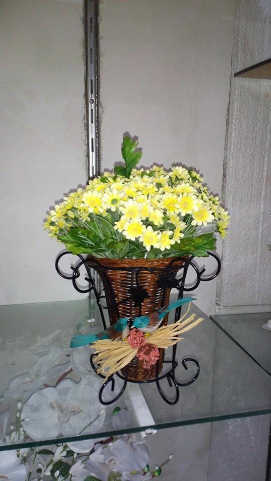 küçük boy sepette kır papatyaları, Isparta Yiğitbaşı Çiçekçilik