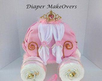 Gâteau de couches de jeune fille cadeau de par DiaperMakeOvers