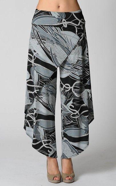 Pantaloni a linea ampia con drappeggio