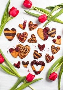 Treat your Valentine to these gorgeous Raspberry and Rose Almond Cookies.