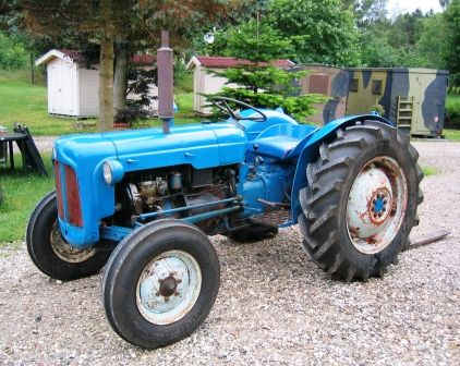 233 best images about blue tractors on pinterest baler. Black Bedroom Furniture Sets. Home Design Ideas