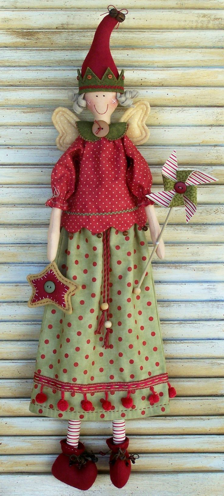 Yuletide Faerie pattern by Annie Smith