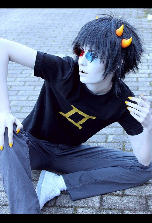 CUTEST SOLLUX COSPLAY I'VE SEEN IN A WHILE! :3 <--- Sollux is always cute, silly. :33