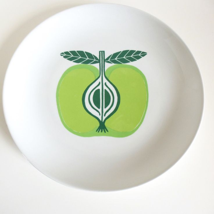 Arabia Finland Pomona Apple Chop Plate Platter by HotCoolVintage