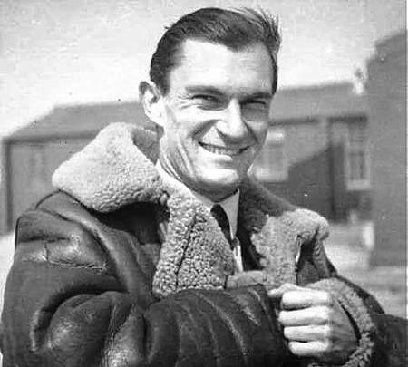 Il y a 70 ans, le commandant Mouchotte disparaissait en combat aérien - Zone Militaire