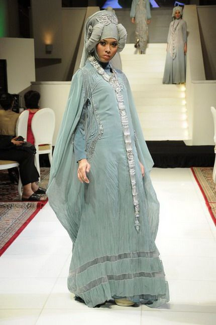 Call me Ina: Muslimah Wedding Gown : IRNA LA PERLE