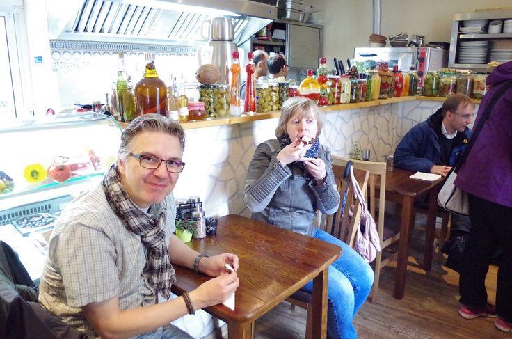 Join us on an eat-the-world food tour through Mülheim an der Ruhr - the City on the River! 🏞 #EatTheWorld #EatTheWorldTour #Mülheim #AnDerRuhr #MülheimAnDerRuhr #FoodTour #Germany #Deutschland    👉 www.eat-the-world.com/muelheim-ruhr 👈
