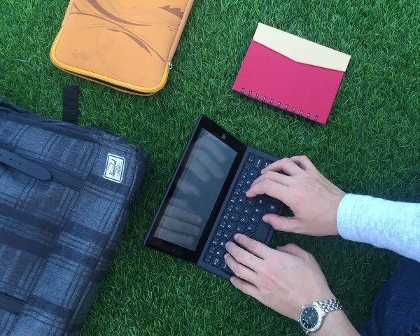 O+ Duo Review: Dual OS and Tablet-Laptop Hybrid