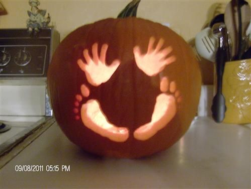 Baby's first pumpkin. I love this idea!