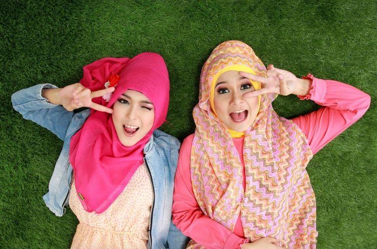 Islam dan Perkembangan Budaya Busana Muslim Indonesia