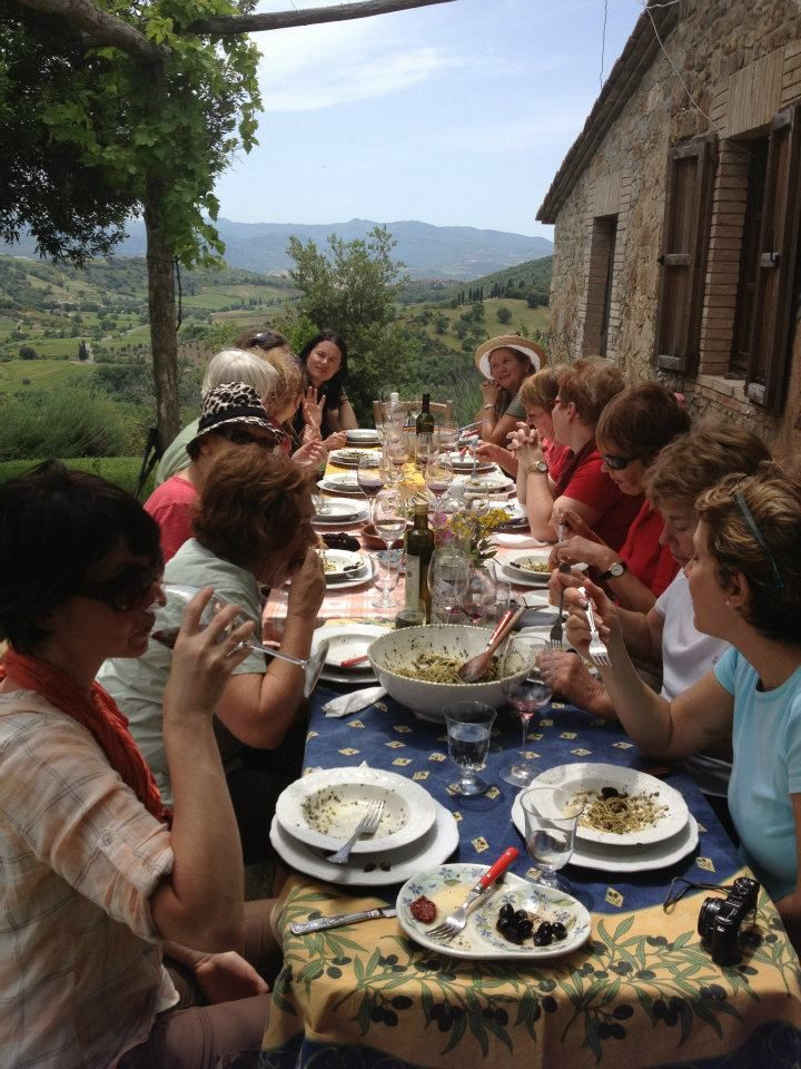 WRITING AND WALKING JOURNEY IN TUSCANY