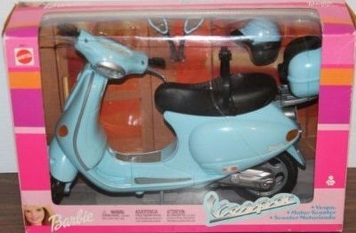 Barbie 2002 Vespa Motor Scooter NIB Mattel New in Package #Mattel