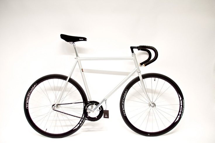 Bravo Cycles Shop - Silver Wraith Track Bike