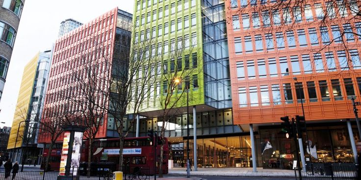 """Central Saint Giles: """"Working together"""" according to Renzo Piano  #ArchiJuice #OfficeDesign"""