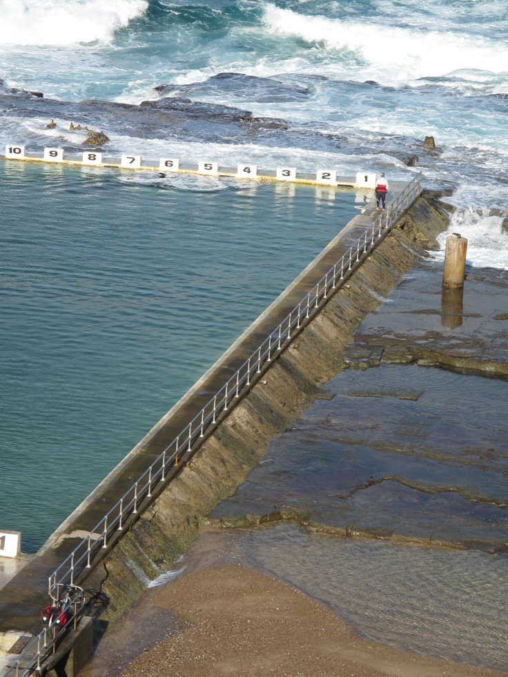 Merewether Beach Baths. (Photo by me using Canon PowerShot G10)